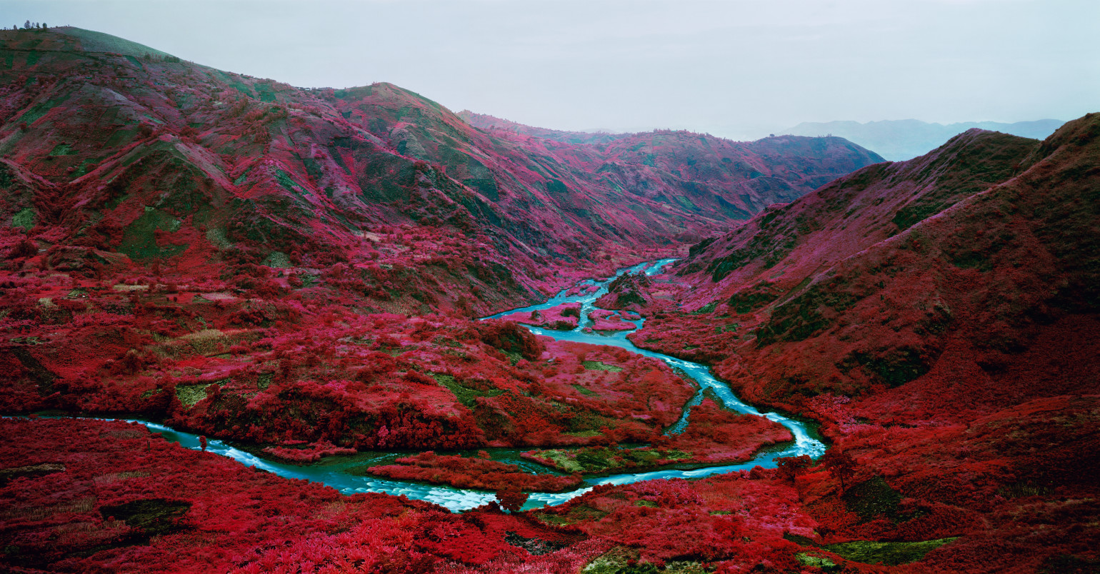 Richard-Mosse_Love-Is-The-DrugWEB